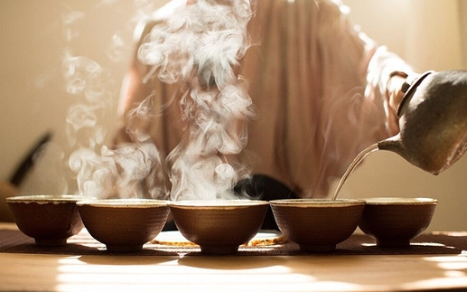 Tea-Ceremony-Meditation-Destination-Deluxe