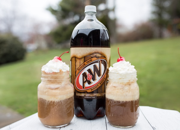 root-beer-floats-pretty-my-party